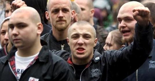 skinhead francais lonsdale france haine racisme bagare identitaire