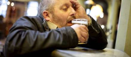 alcool alcoolique soulard agression