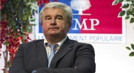 eric raoult violence conjugale salope pute UMP republicain garde a vue