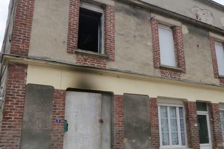 Julien Ramelet Bernadette Mazur brule maison couteau