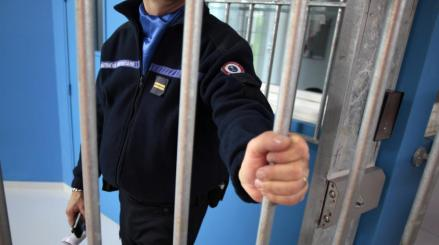 prison agression penitentiere