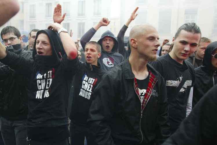 2048x1536-fit_des-manifestants-identitaires-lors-de-la-marche-pour-la-libert-du-bloc-identitaire-lyonnais-le-14