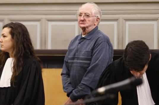 Le-papy-pervers-condamne-pour-triple-meurtre_article_landscape_pm_v8.jpg