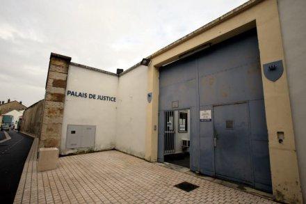 palais-de-justice-de-bourgoin-jallieu-archives-le-dl-1454533526.jpg