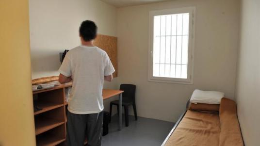 toujours-pas-de-cellule-individuelle-pour-les-detenus