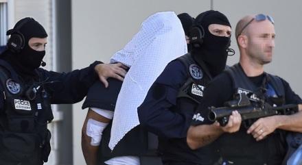 BRi rais interpelation arrestation identitaire attentat terroriste