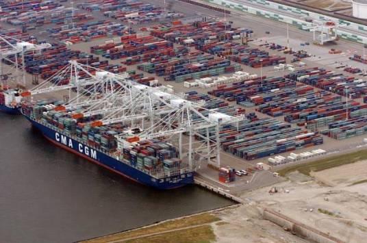 8 Dockers En Garde A Vue Pour Un Trafic De Drogue Dans Le Port Du