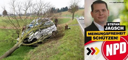 Stefan Jagsch NPD accident voiture migrants refugiés syriens nazi extreme droite