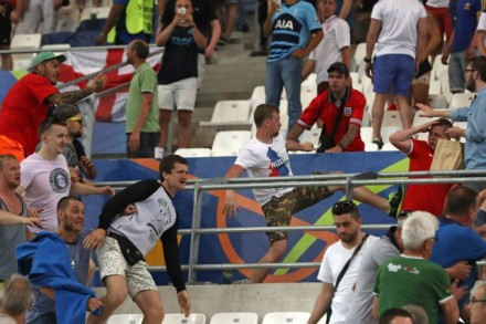 1210944-uefa-gere-euro-2016-menace