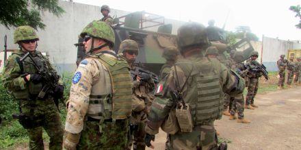 4935221_3_19c5_des-soldats-francais-en-centrafrique_a35e51a4d936e698bb3a8f242603ca26