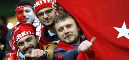 turkiye-tribun.jpg