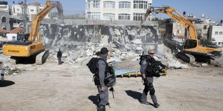 4562871_6_1c44_des-soldats-israeliens-lors-de-la-destruction_c6da6d62b15b02d9895f799012d26e1f.jpg