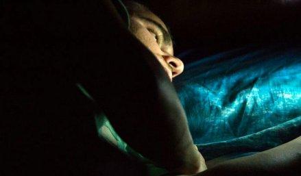 homme-nuit-sexomnie-viol.jpg
