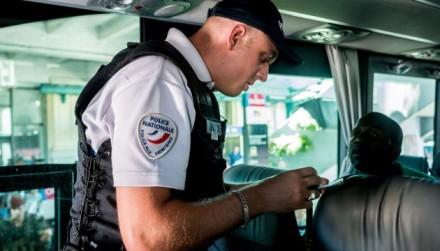 LYON : Operation de controle et de securite a la gare routiere de Perrache