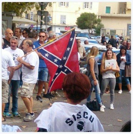 corse-confedere-sisco-bastia-drapeau-raciste