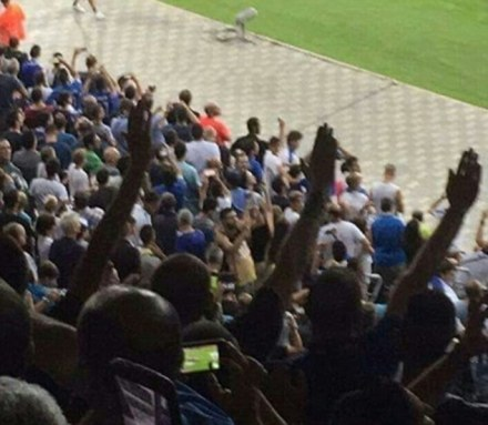 salut-nazi-salute-football-irsael-italie