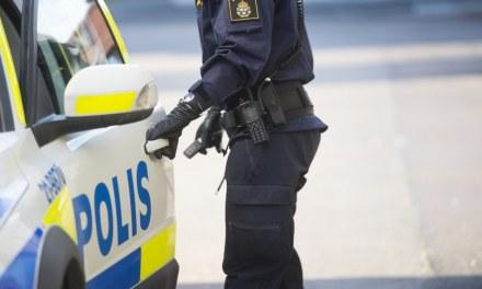 suede-police-musulmane-adolecente-attaquee