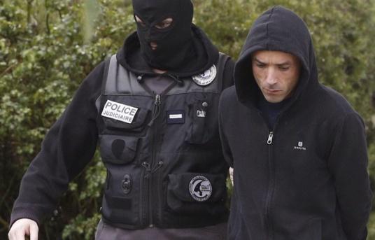 648x415_mikel-irastorza-droite-lors-arrestation-ascain-5-novembre