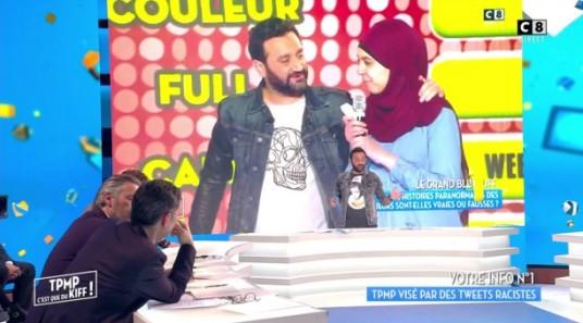 hanouna-femme-voilee-tweet-racistes-islamophobes