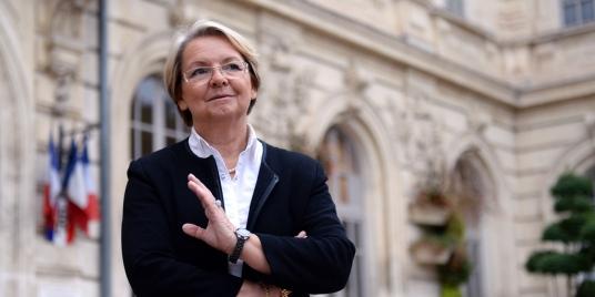 Une-maire-d-extreme-droite-qui-refuse-de-marier-deux-femmes-devant-la-justice.jpg