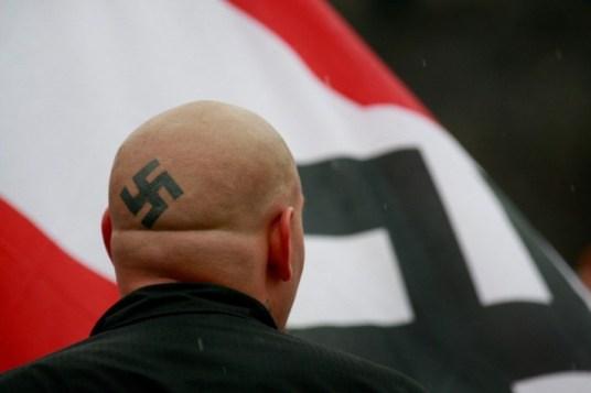 croix-gammee-tatto-nazi